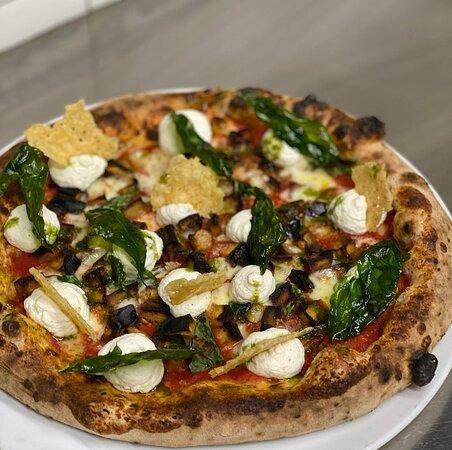 Pizza alla norma picante