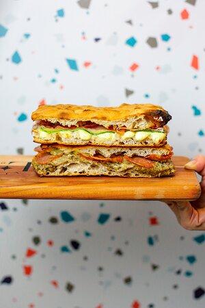 Doppio Crunch| Sanduíche com fermentação natural de 48h e massa super crocante!!!