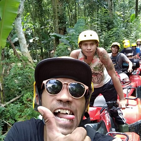 Gosek Adventure