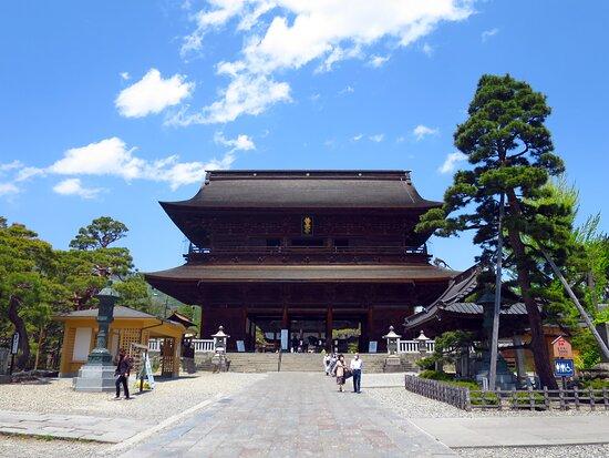 Zenko-ji Temple Sammon Gate