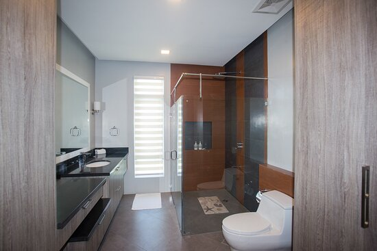 4 Bedroom Pool Villa - Baitang
