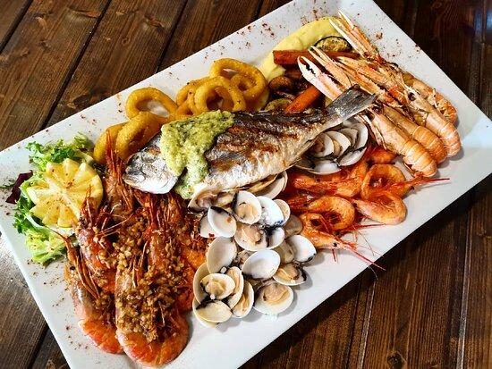 mariscada / seafood sampler