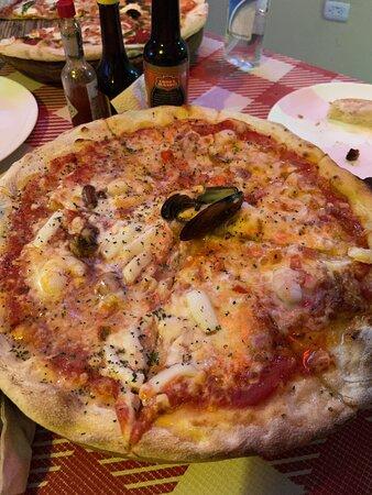 La mejor pizza tradicional italiana en Cancún