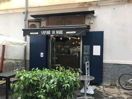 Cava De' Tirreni, Italy: Pietanze da asporto