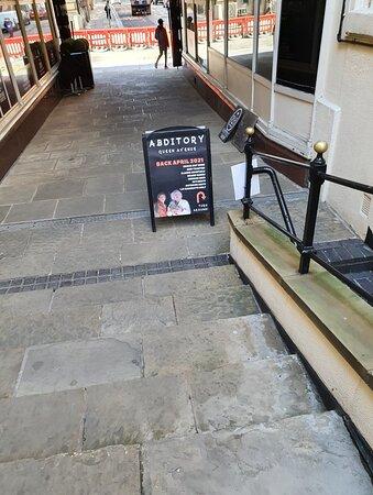 Abditory Bar in Queens Avenue