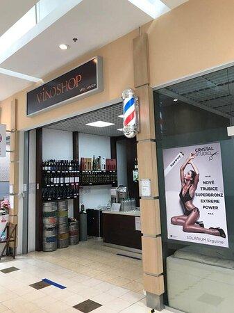 Obchodné Centrum Váh - OC VAH - nákupné centrum Hlohovec