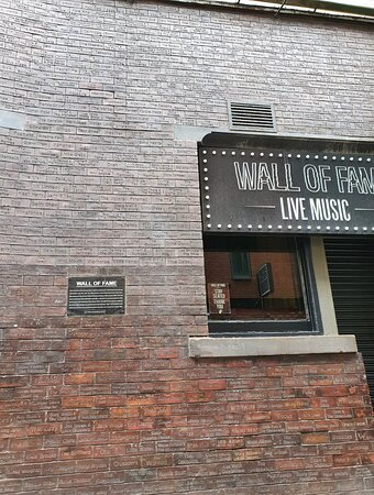 Location of The Wall Of Fame Bar
