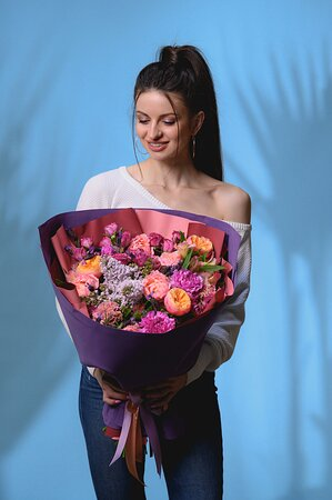 Цветочный блюз, ул. Михаила Дудина, 15