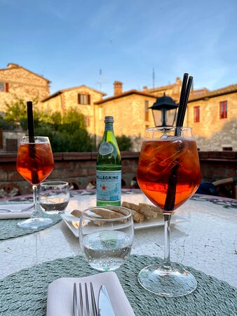 Aperitif and dinner on the terrace
