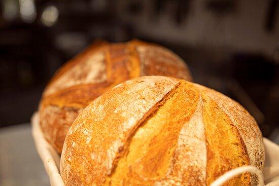 Pan de masa madre, tradicional, natural, rico y de fácil digestión