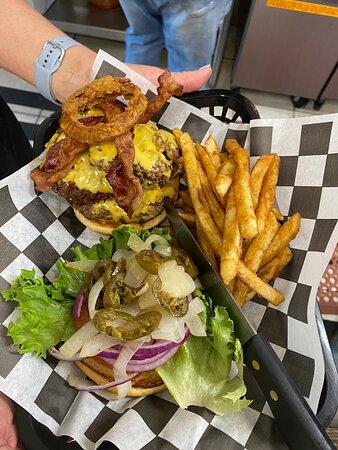 Crump, TN: Great burgers, sandwiches and loaded potatoes