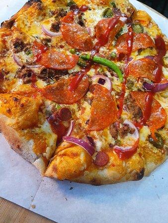 Cucina Hot Pizza