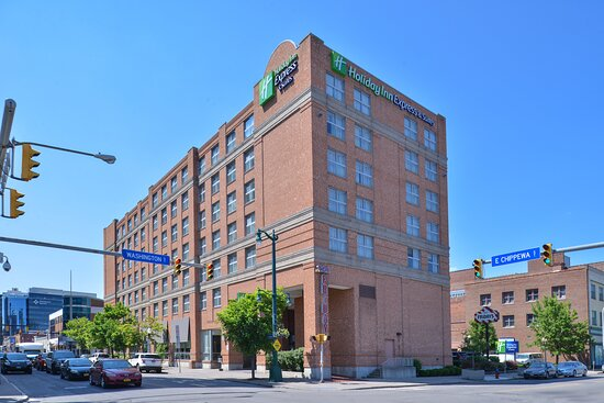 Holiday Inn Express & Suites Buffalo Downtown - Medical CTR, an IHG hotel