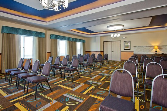 Meeting Room East & Meeting Room West can hold up to 100 people