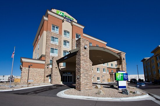 Holiday Inn Express and Suites Denver East Peoria Street Stapleton