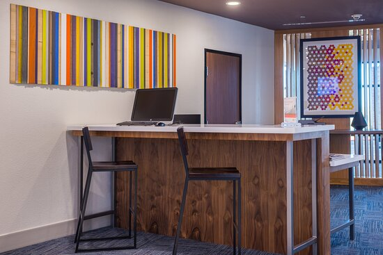 Business CTR at the Holiday Inn Express & Suites Fort Worth West
