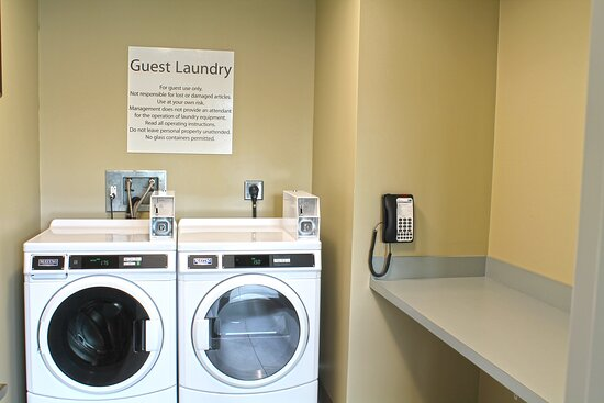 Guest Laundry at the Holiday Inn Express St. Louis South
