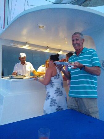 Luxury Wine & Dine Dinner Sail: Dinner looks great!