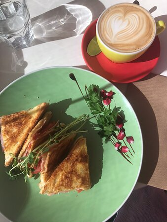 Agnes Water, Australia: Toasted sandwiches
