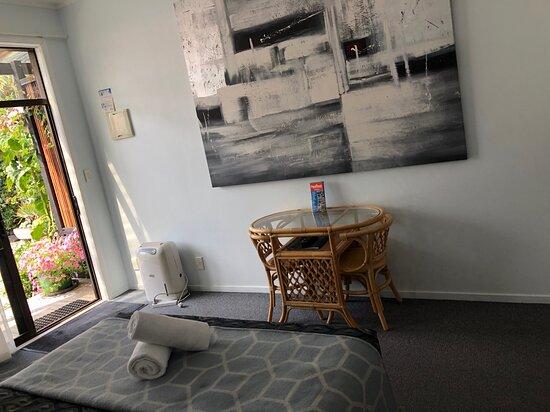 Queen Studio unit with tea/coffee making facilities
