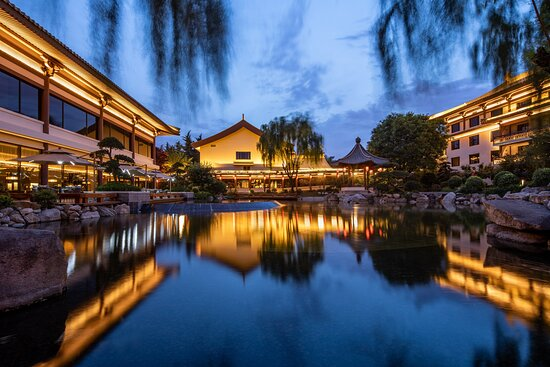 Courtyad designed by Zhang Jinqiu