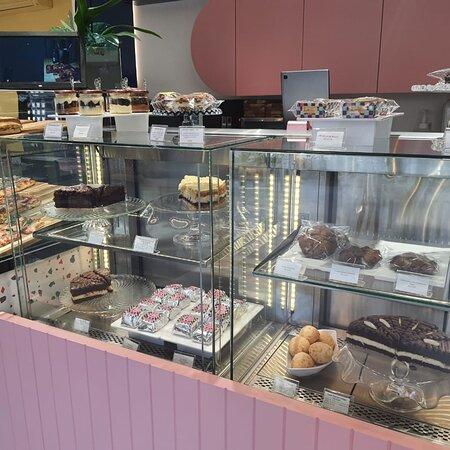 Excelente nova opção em Moema.                      Pizza e Café  com variadas opções.               Confira e se satisfaça!! Va