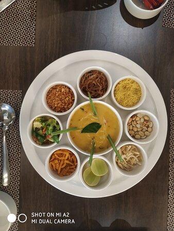 Khou Suey Soup