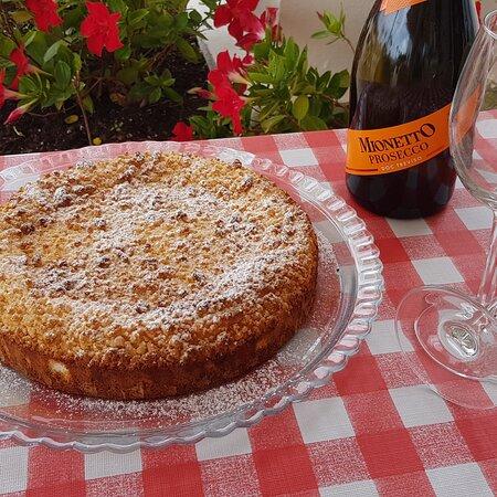 tarta de manzana y prosecco Mionetto