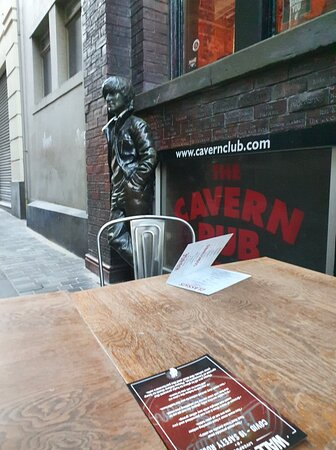 Wall Of Fame Bar in Cavern Quarter
