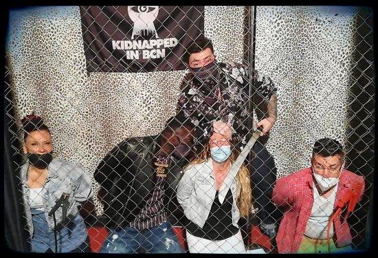 Barcelona, Espanha: Un secuestro inolvidable. Estos dos macabras nos han hecho pasar un rato excepcional, mientras nos reíamos y experimentábamos gran tensión