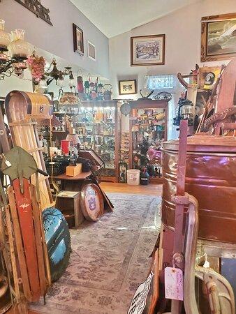 Best vintage store in town