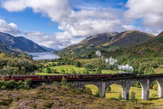 Glenfinnan, Mallaig & Jacobite Steam Train tour from Glasgow
