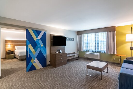 King Executive Suite with Living Room