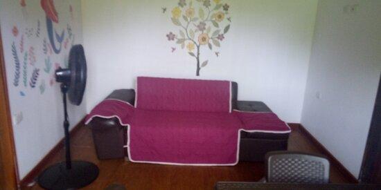 San Andrés, Kolumbien: sofá cama de la sala