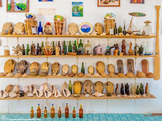 Garinagu Craft And Art Gallery