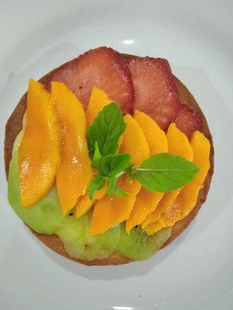 Tarta de frutos con crema pastelera