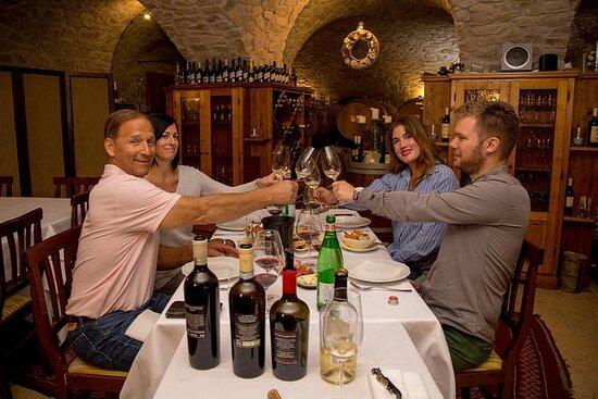 Valpolicella Wine Tour: 3 vingårder og tradisjonell lunsj