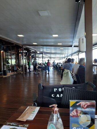 Restaurante Porto Canoas, vista linda em um lugar agradável