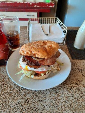 Sarina, أستراليا: Great Hamburger