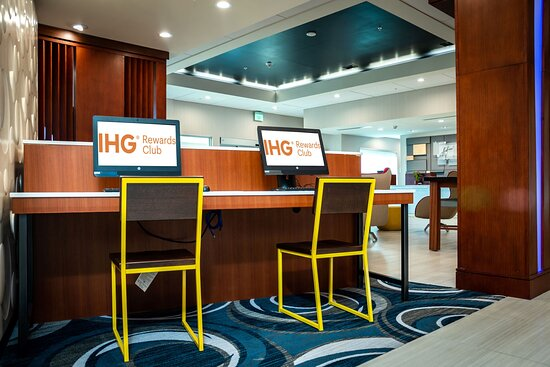 Take advantage of our well equipped 24-Hours Business Center