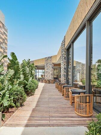 Private Lagoon Restaurant Outdoor