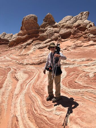 Hiking Kanab Visit and Photograph the famous White Pockets in Vermilion Cliffs: Easy hike even with gear.