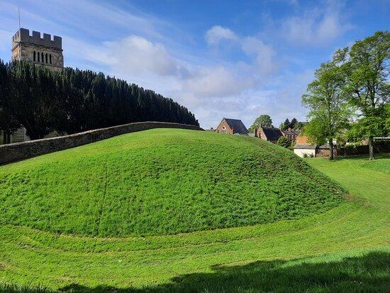 Earls Barton Castle