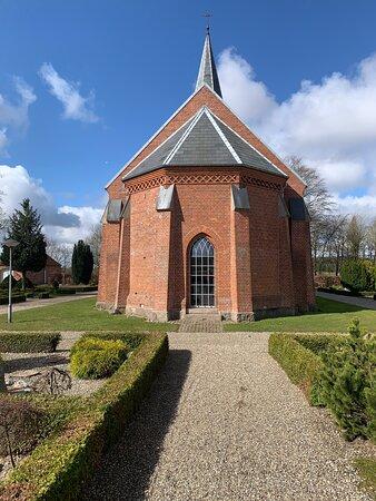 Kirken fra øst