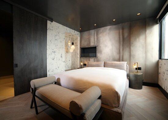 Bedroom - Grande Penthouse