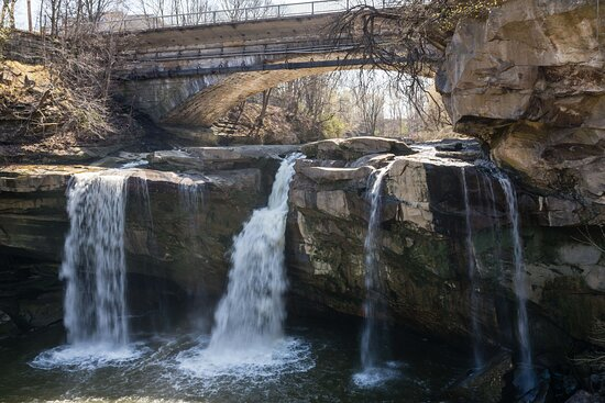 The Impressive West Falls