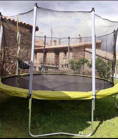 Anies, Spain: Cama elastica