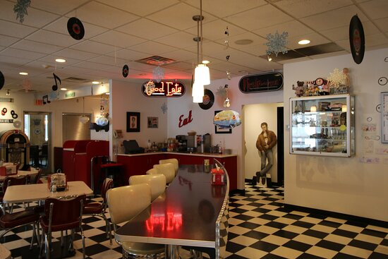 Remsen, NY: Full service- casual dining. Lunch & Dinner 315-831-8400