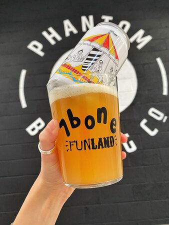 Bone idols funland - it's a double dry hopped juicy pale hop bomb, 5.2% (phantom brewing x 7bone)