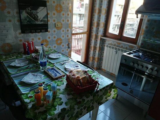 la colazione a buffet può essere consumata dall'ospite in totale autonomia.